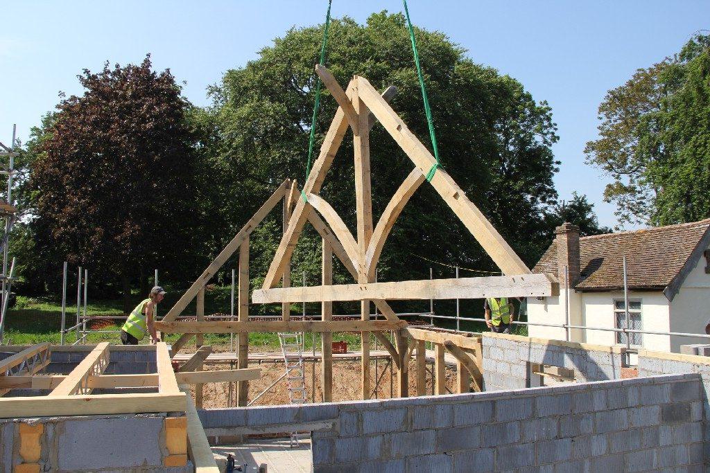 Castle Ring Oak Frame